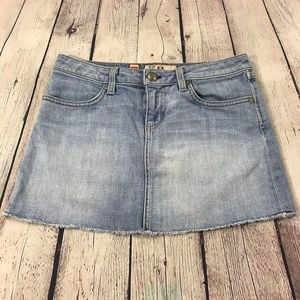 Juicy Couture Jeans Frayed Hem Mini Skirt Size 25